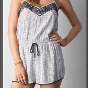 American Eagle Printed Romper w/ Adjustable Straps